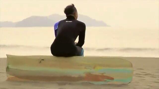 KUKUアライア自然とつながる自分の呼吸に戻る自分らしく生きる#ウッドボードKUKU#アライア#ハンドプレーン#サーフィン#サーフスタイル#自然派#ヨガ#サーフヨガレッスン#イルファーロ#インディアンイーグルヤス@hidefoto.jp