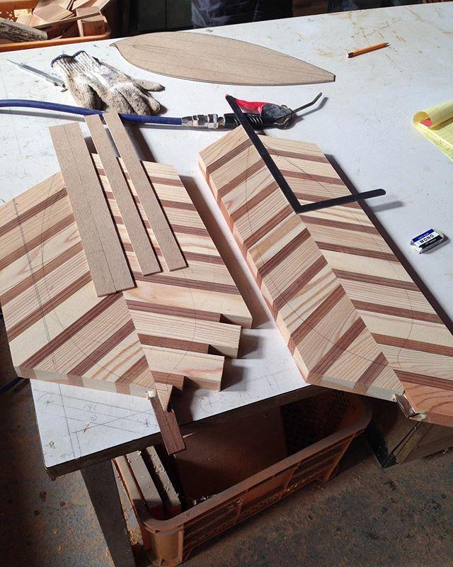 杉材を使用してサップパドルを製作。ハンドメイドで丁寧に作ってます。#サップ#パドル#ハンドメイド#木頭#杉#天然木#無垢材#天然乾燥#徳島#木#カスタム#オーダー#indianeagleyasu@nakawood