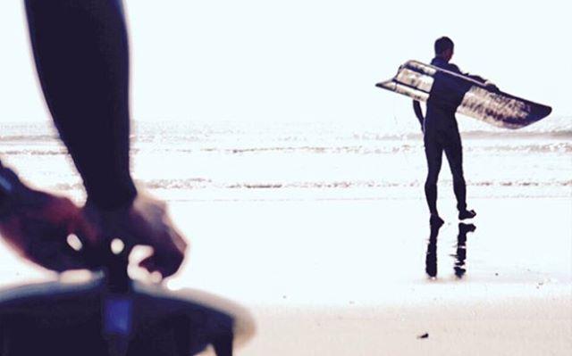 今日はフィンレスボードで楽しむ!