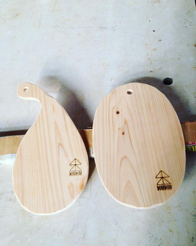 KUKUカッティングボードオーダー分完成!ヒノキの良い香りがしてます(^^) #ウッドボードkuku #cuttingboard #カッティングボード #ひのき #無垢材#天然#良い香り @nakawood @mebina