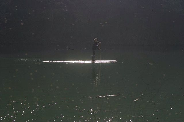 SUP cruisingあじさい湖でのサップ体験#あじさい湖#那賀町#サップ体験#ウッドボードkuku #バス釣り @nakawood photo by kyotani