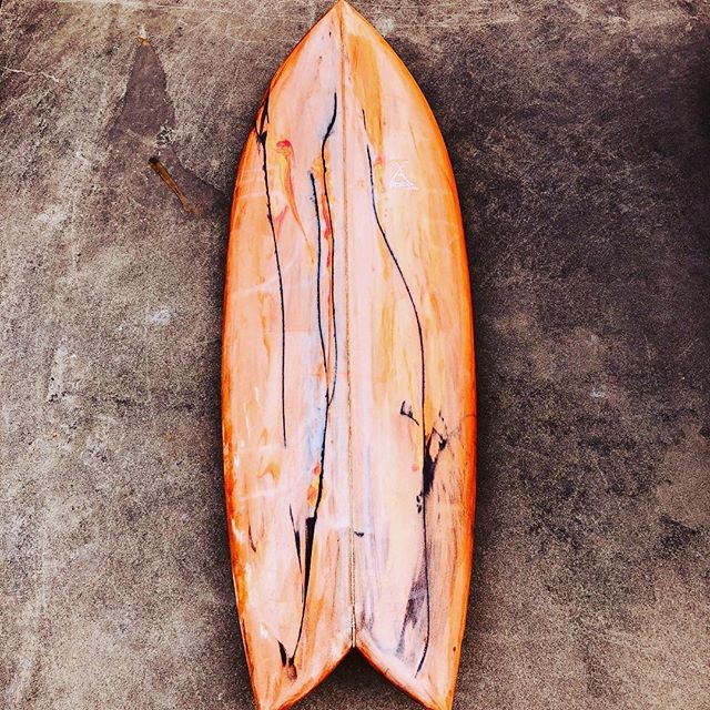 ILFARO tyedye#ilfarosurfboard #イルファーロサーフボード#tyedye #abrtract #marble #surf #surfart #fish @ilfarosurf