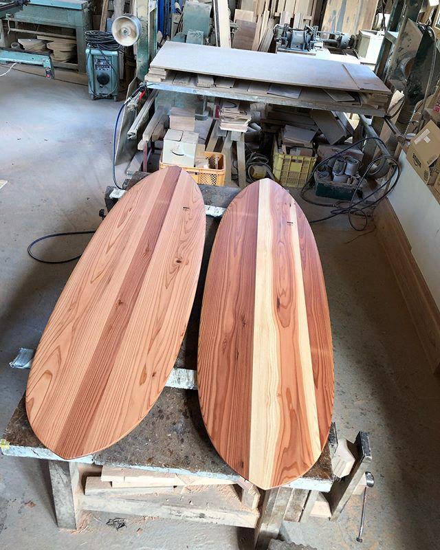 KUKUアライアp-type#woodboardkuku#alaiasurfing #alaiasurfboard #woodsurfboards #木頭杉 #杢目#surf#surfart#interior @nakawood
