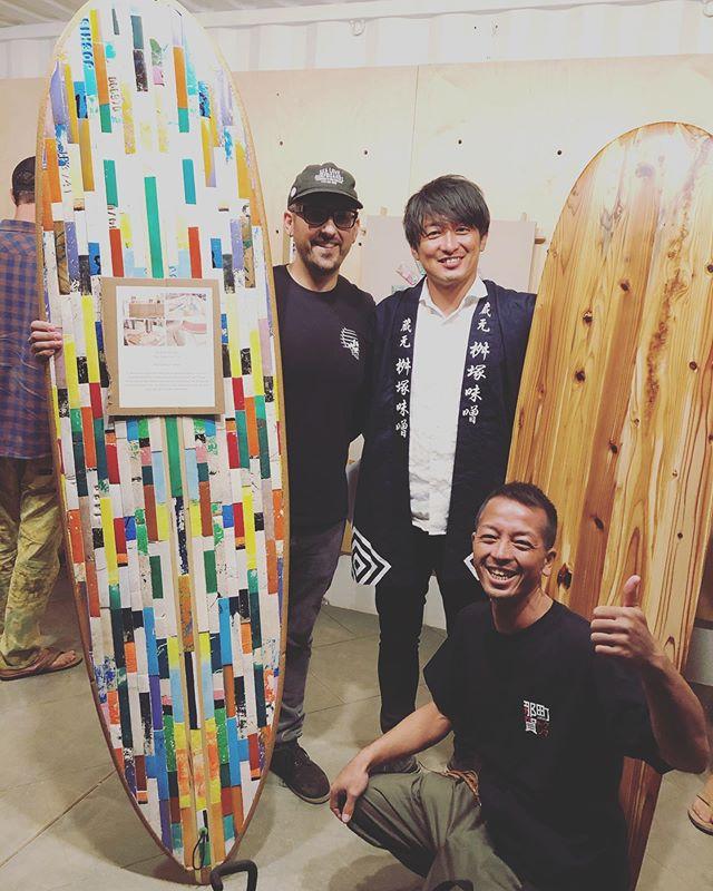 vissla&surfriderfoudertionupcycle contestaward ceremony reception私達のボードは3位!チャンピオンと一緒に。#woodboardkuku#cal #木桶再生プロジェクト #upcycle#surf#surfboard @woodboardkuku @yoshinari_noda @visslasurf