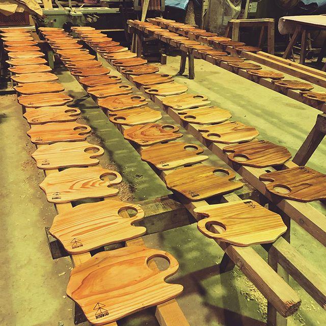 KUKU BBQプレートオーダー分塗装中!#woodboardkuku#木頭杉#プレート#outdoor #camp#bbq @nakawood