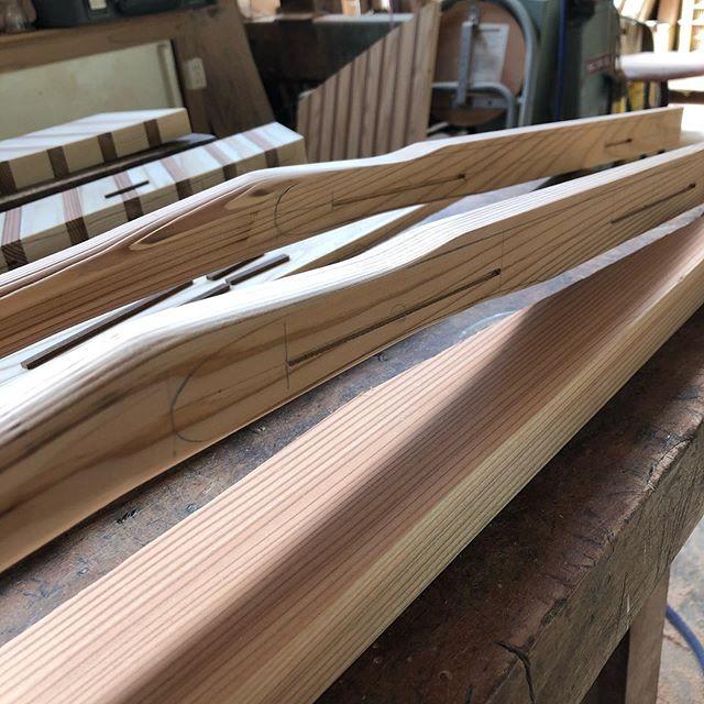 KUKU paddle今回はシャフトネック部分のデザインに重点を置きましたー^_^仕上がりをよりスタイリッシュに!#woodboardkuku#woodpaddle#sup#paddle#木頭杉#woodworking @nakawood @woodboardkuku @indianeagleyasu